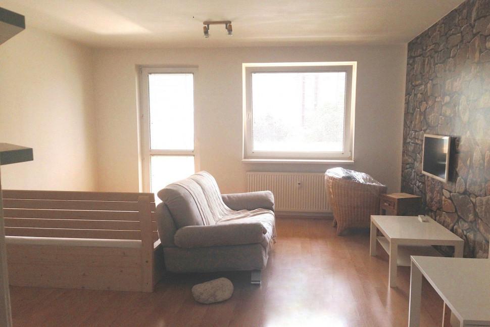 obývací pokoj před úpravou
